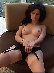 Sexy Karlie spreads her delicious thighs for her vibrator to quell her itch